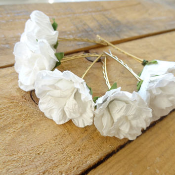 White Flower Wedding Hair Pins,  Bridal Hair Pins, Hair Accessories, Fabric Hair Pins, Bridesmaid Hair, Woodland - Set of 6