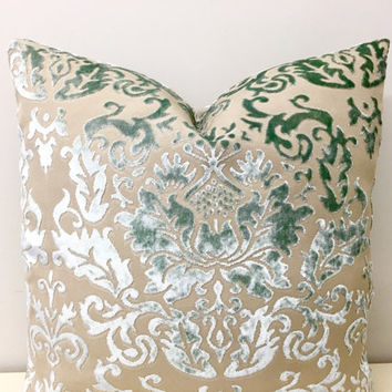 Green Velvet Pillow Cover, Mint Green Pillow, Velvet Pillow, Velvet Cushion,Throw Pillows, Decorative Pillows, Green Velvet Pillow Covers