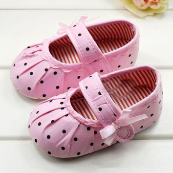 Infant Girls Shoes Soft Bottom Shoes Polka Dot Flower Toddler Shoes Baby Shoes NEW SM6