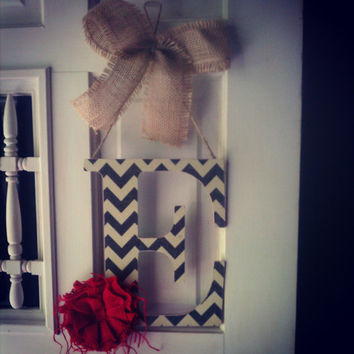 Initial door hanger - chevron with burlap flower, chevron letter, wood letter, chevron print initial, wreath door decor