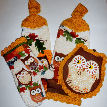 Owl Kitchen Set, Harvest Gold, Hanging Towels, Pot Holder, Oven Mitt, Crochet