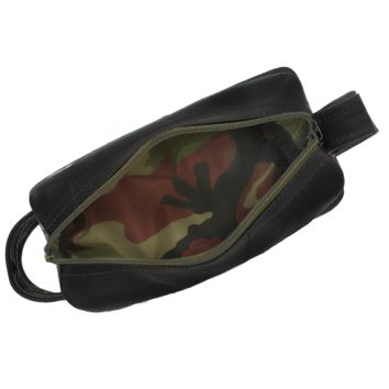 Dopp Kit Camo Made of Recycled Truck Tubes