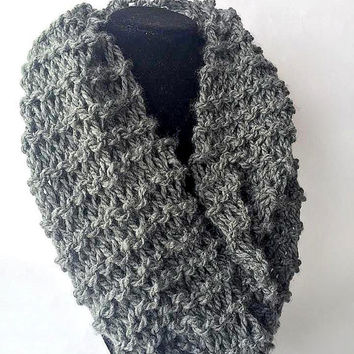 Knit Charcoal Gray Infinity Scarf - Knit Infinity Scarf - Knit Scarf - Chunky Scarf - Circle Scarf - Winter Scarf -  Chunky Knit Scarf