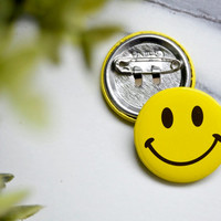 SMILEY FACE x 6 Bulk Happy Pin Buttons Brooch Badge Collectable Childrens Hat Backpack Retro Music 1 Inch 2.5cm 25mm Stick Pin