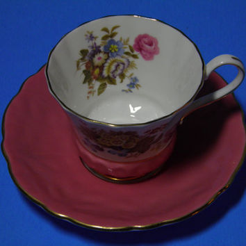 Vintage Aynsley Bone China Teacup and Saucer Floral Pattern Inside and Out with Gold Trim