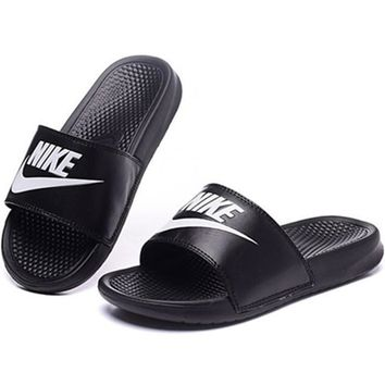 Trendsetter NIKE Women Casual Slipper
