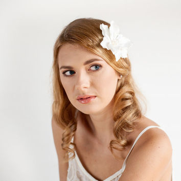 Bridal Hair Clip - Magnolia Hair Clip - Bridal Flower - Freshwater Pearls - Wedding Hair Ivory Soft White