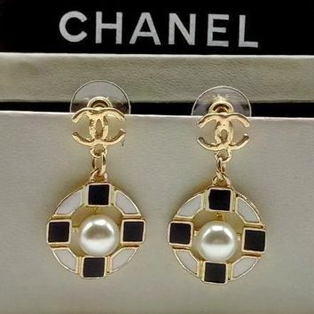 Chanel Women Pearl Fashion Logo Stud Earring Jewelry-4
