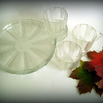 Vintage Jeanette Glass Mid Century Crystal Glass Snack Plates and Punch Cups Dewdrop Pattern Set of 4