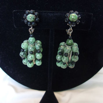 Miriam Haskell Green Black Glass Bead MOD Silver plate Dangling Clip On Earrings