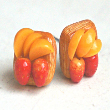 Strawberry Peach Puff Stud Earrings