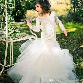 2016 Long Sleeve Mermaid Lace Flower Girls Dresses for Weddings 2016 Cheap Kids Little Girls Pageant Gowns Communion Dress FH35
