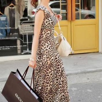 Chicloth Gorgeous Leopard Maxi Dress