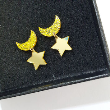 New Designer cartoon Personalized Sweet Sailor Moon Star And Moon Shape Stud Earrings for girls