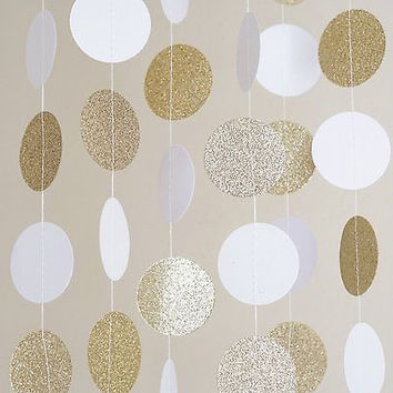 Best gold circle garland products on wanelo for Gold dot garland