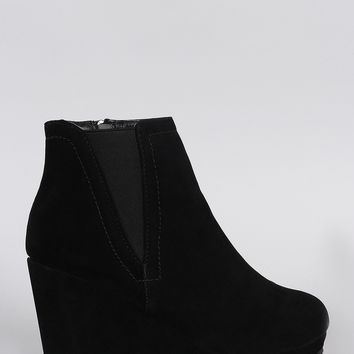 Bamboo Elastic Gores Wedge Booties