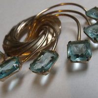 Beautiful Vintage Aquamarine Rhinestone Signed Brookraft Brooch