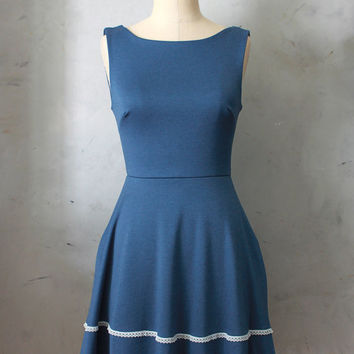 COQUETTE MARINE - Dusty navy blue dress with pockets // flared circle skirt / ivory crochet / bridesmaid dress / vintage inspired / nautical