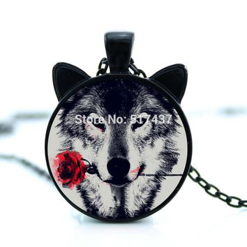 CN-00785 2017 black painting Wolf With rose Flower Necklace cameo animal metal Pendant Personalized Picture Jewelry tattoo HZ2