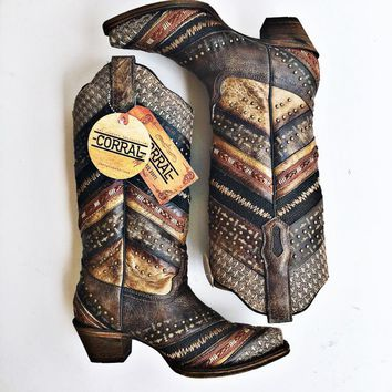 Corral Womens Chevron Brown Embroidery & Studs Boots