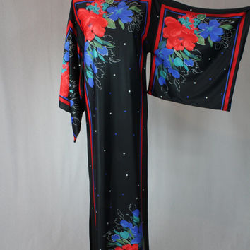 Vintage 60s kimono sleeves floral printed shift maxi dress / party dress / night dress / cocktail dress / Black Kimono