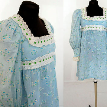 Vintage 70s babydoll dress light blue flowered by vintagerunway