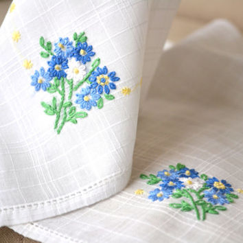 1950s Pair Embroidered Handkerchiefs Blue Forget Me Nots on White Lawn