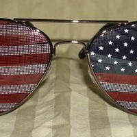 American Flag USA Classic Teardrop Metal Aviator Sunglasses (Silver)