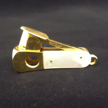 Vintage Pocket Cigar Cutter, Cigarillo Cutter, V-Cut, Donatus Solingen Cigar Cutter, Mother of Pearls Handle