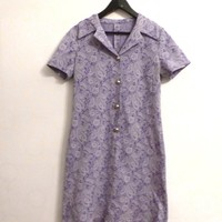 Short Sleeve Purple Lilac Vintage Granny Dress With Kidney Pattern And Golden Front Buttons