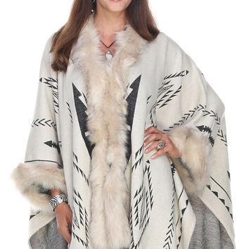 Southwest Inspired Cape with Fur Trim ­ Ivory