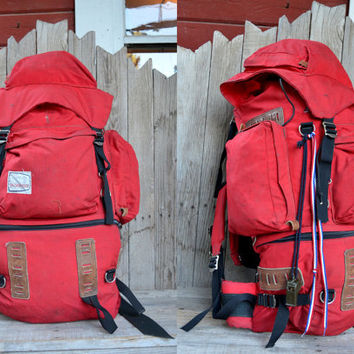 Huge Vintage Internal Frame Hine Snowbridge Mountaineering Backpack