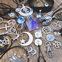 Witch Wicca Grunge Spiritual Feminist Zodiac Sun Moon Star Pentagram Customizable Chain Tattoo Velvet Choker Necklace