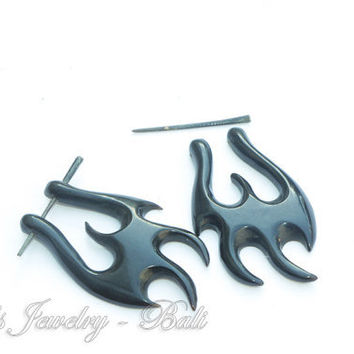 20ga Medium Size Tribal Stick Posts Horn Earrings, Solid Black Ethnic Horn Post Earrings