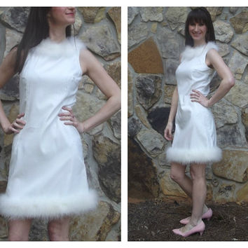 60s Party Dress White Mod Sleeveless Shift with Feather Trim Sz XS/S