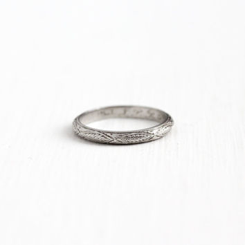 Antique Art Deco Platinum Leaf Ring - Dated 1922 Vintage 1920s Size 8 Eternity Wedding Band Floral Vine Nature Engraved Wheat Fine Jewelry