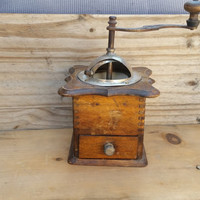 Old Fashioned Brown Wooden Box Coffee Grinder.