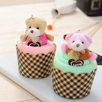 DCCKL72 New Arrival 1 PCS Creative Lovely Mini Bear Cup Cake Towel Cotton Hand Towel Face Towel Party Gifts