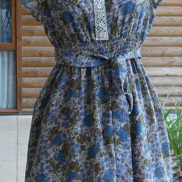 2 Year Sale Womens' Upcycled Clothing Upcycled Dress Floral Cotton Dress Australian Size 8 US Size 4 XS - Small Vintage Lace Mother of Pearl