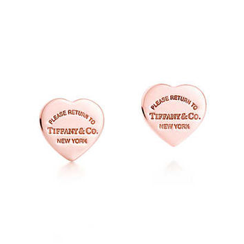 Tiffany & Co. - Return to Tiffany™ mini heart earrings in RUBEDO® metal.