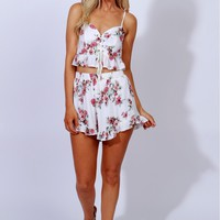 Wandering Florals Shorts Off White