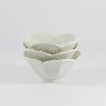 Vintage White Porcelain Asian Lotus Bowls, Set of Three