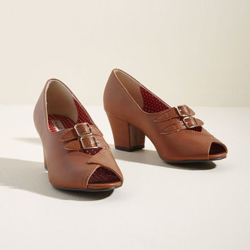 B.A.I.T. Footwear Dance Hall Date Block Heel in Fawn