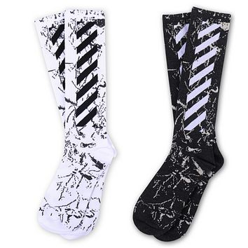 Off-White hip-hop skateboarding tide brand stripes solid color cotton wild in stockings