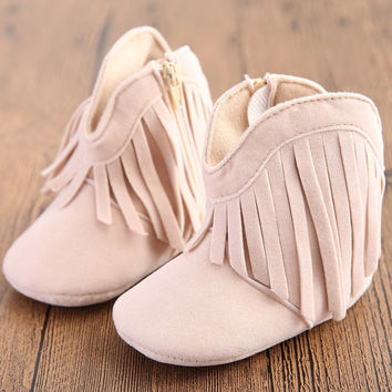 2015 New Sweet Baby Girls Boots Infant Toddler Warm Shoes Fringe Winter Boot Kids First Walkers Lovely Prewalker Free Shipping