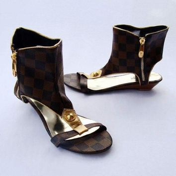Louis Vuitton Women Low-heel Sandals Shoes