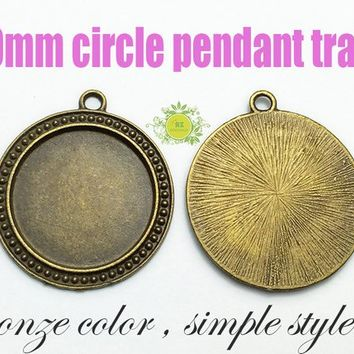 1.25 inch Round Blank Pendant Trays-30mm Vintage Brass Pendant Blanks-Blank Bezel Cabochon-Round Bezel Cups 0570 - Select Qty