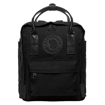 Fjallraven - Kanken No.2 Black Mini, Black