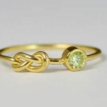 Solid 14k Gold Peridot Infinity Ring