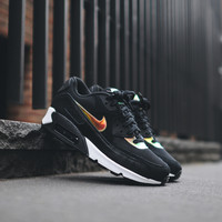 NIKE Air Max 90 PRM - Black / Gold